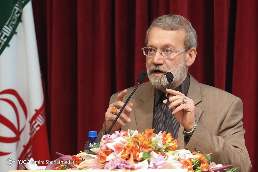 لاریجانی: کشورهای اسلامی برای مبارزه با تروریسم باید ید واحد باشند/حرفهای ترامپ، دنیا را به سمت توحش مدرن میبرد