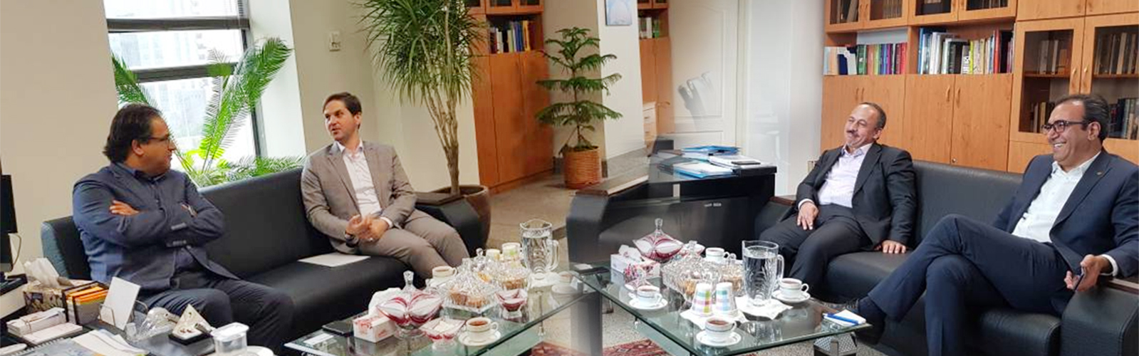 تاکید بر راه اندازی موزه تمدن اسلامی در دیدار رئیس شورا و شهردار رشت با معاون وزیر راه