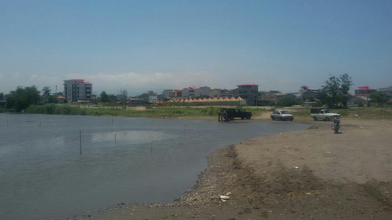 پاکسازی  دهنه رودخانه کلاچای(گزافرود)  توسط یگان حفاظت محیط زیست شهرستان رودسر