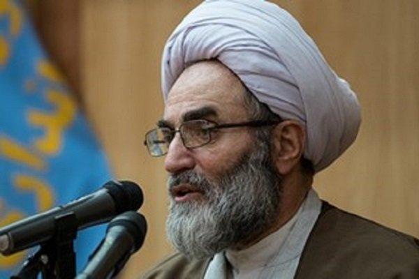 امام جمعه رشت:  لزوم خانه تکانی اساسی در حوزه های سیاسی و اقتصادی
