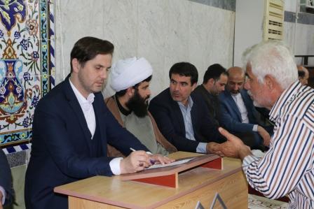 میز خدمت جهت پاسخگویی به شهروندان در محله سیاه اسطلخ با حضور رئیس شورا ومدیر منطقه یک