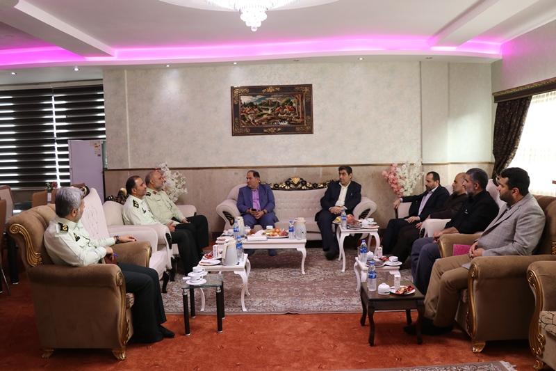 دیدار فرماندار شهرستان رشت با فرمانده ی انتظامی استان گیلان :