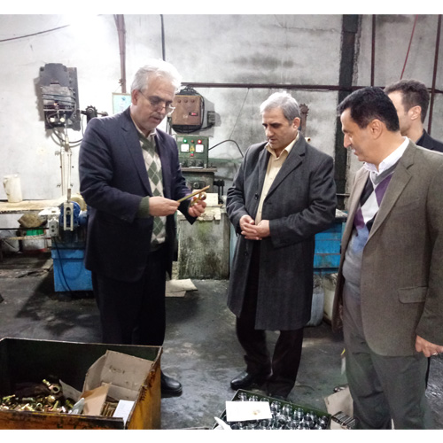 رئیس سازمان صنعت معدن و تجارت استان گیلان گفت:  برای تولید دو نوع خودرو در گیلان سرمایه گذاری می شود