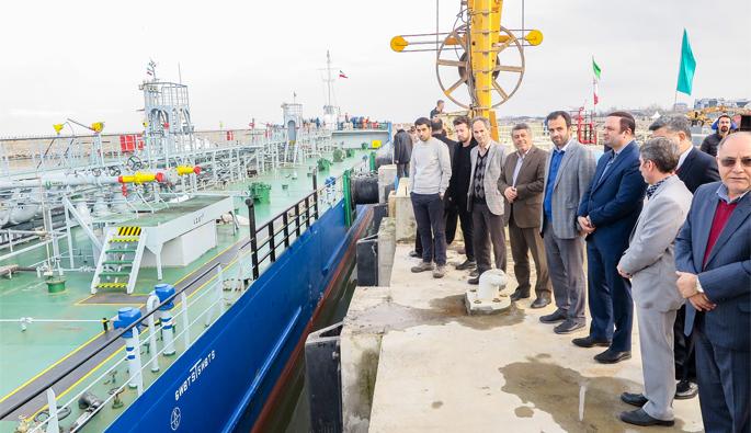 برای نخستین بار از کشور روسیه؛  کشتی حامل روغن خوراکی وارد گیلان شد