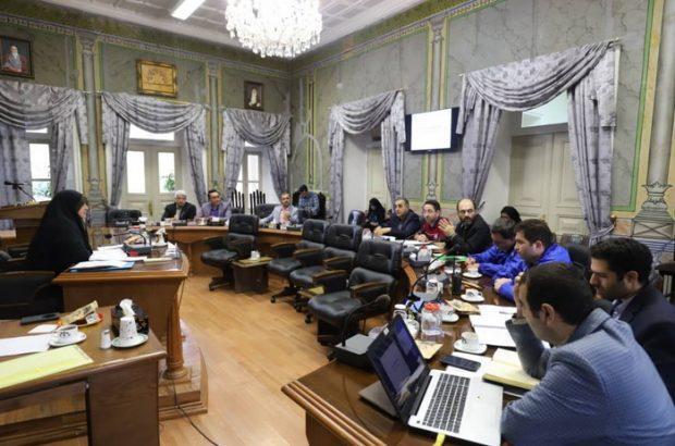 در جلسه ۵۹ کمیسیون بهداشت شورای رشت؛  آلودگی تمام جنگل سراوان پس از رانش زباله/ بدهی برخی شهرداری ها به کود آلی رشت/ درخواست ورود استاندار به موضوع