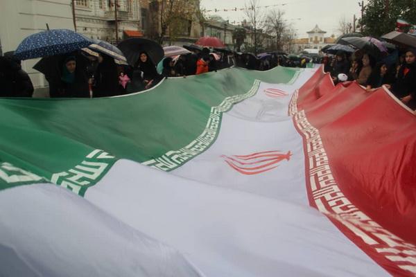 گزارش تصویری مراسم با شکوه بزرگداشت چهلمین سالگرد پیروزی شکوهمند انقلاب اسلامی در پیاده راه مرکزی شهر رشت