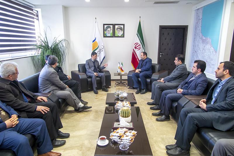 دیدار رئیس کمیته امداد کشور با مدیرعامل سازمان منطقه آزاد انزلی