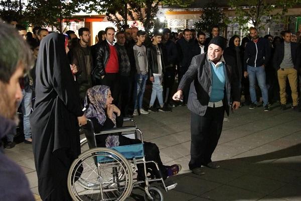 گزارش تصویری اجرای تئاتر «سفر به مشهد» در هفتمین هفته از فصل دوم پروژه تئاتر خیابانی دائم