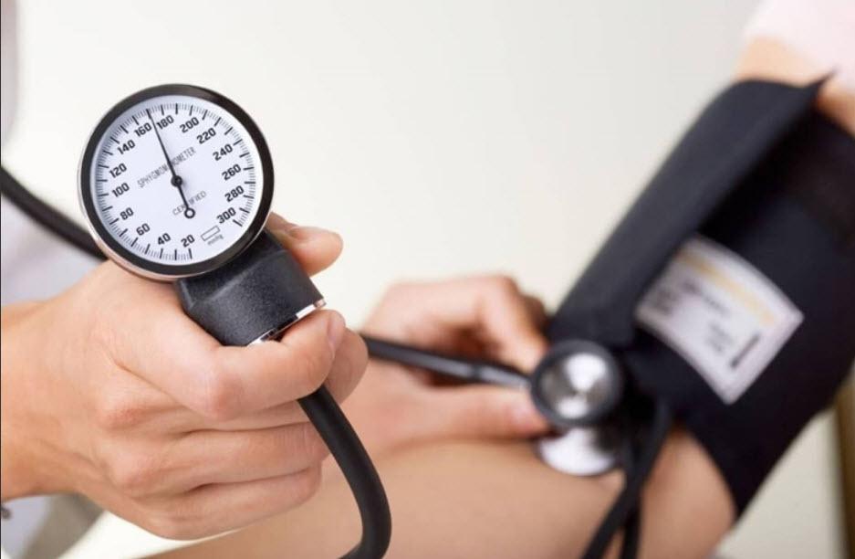 از ۲۷ اردیبهشت ماه تا ۱۹ خرداد به انجام رسید؛  سنجش فشار خون بالغ بر ۱۶۰هزار نفر در گیلان