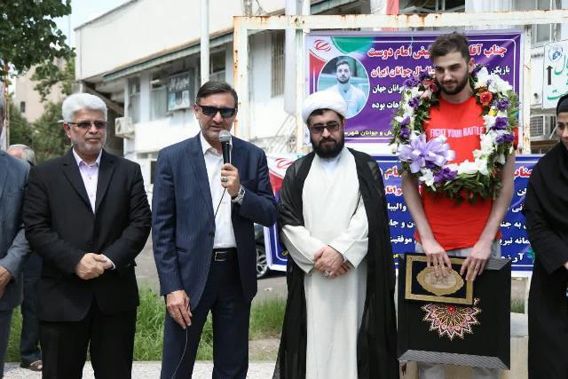 با حضور شهردار رشت؛ از قهرمان گیلانی والیبال جهان استقبال شد