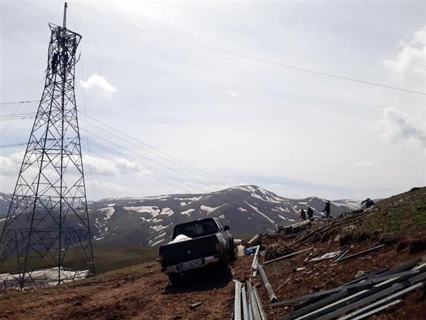 کرونا مانع تعمیرات برق منطقه ای گیلان نشد:  خط ۲۳۰کیلوولت نیروگاه شهید بهشتی– سیمان سبز۱و۲ برقدار شد