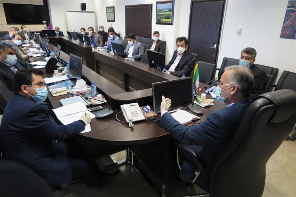 در جلسه شورای معاونین سازمان بررسی شد  بررسی راهکارهای عملیاتی حمایت از فعالین اقتصادی متاثر از کرونا در منطقه آزاد انزلی