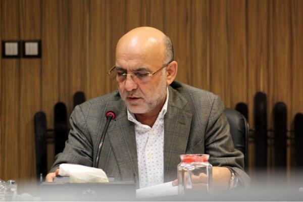 رئیس سازمان حمل و نقل بار و مسافر شهرداری رشت :  رانندگان تاکسی رشت وام کم بهره دریافت می کنند