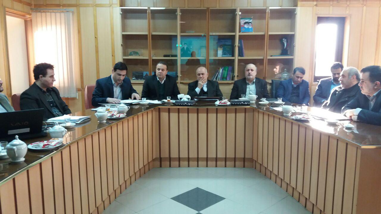 جلسه بررسی پروژه های طرح احیای تالاب انزلی در استانداری گیلان