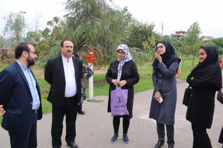 در بازدید سرپرست شهرداری رشت از پارک بانوان مطرح شد:احداث الاچیق ها جهت عرضه صنایع دستی توسط بانوان در بازارچه نگین