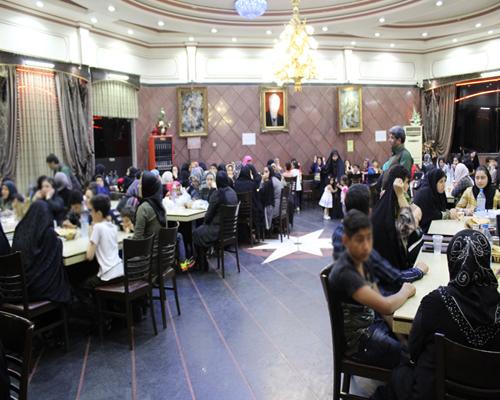 همزمان با ماه مبارک رمضان: ۲۵۰ یتیم مهمان سفره افطار نیکوکار گیلانی شدند