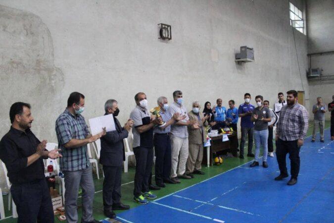مسابقات قهرمانی والیبال جوانان استان گیلان در فومن برگزار شد